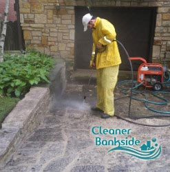 pressure cleaning bankside